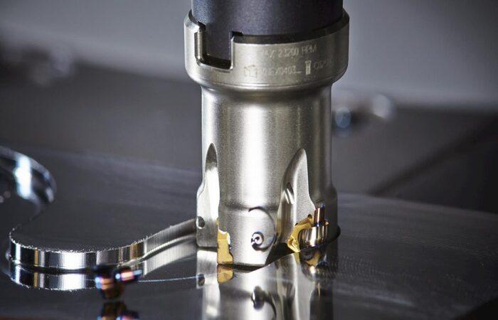 Dao cắt kim loại cần thỏa mãn nhiều tiêu chuẩn khác nhau