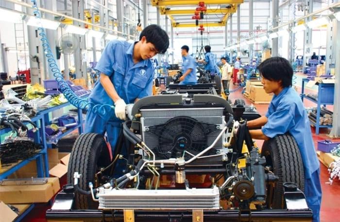 Ngành cơ khí ô tô là một ngành nghề quan trọng trong cuộc sống hiện đại