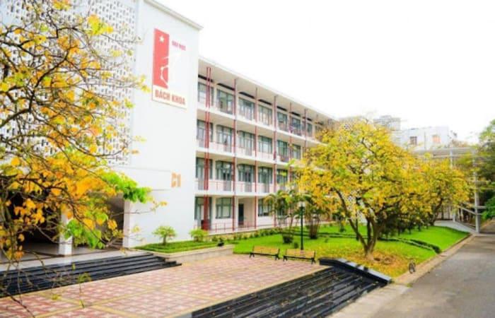 Đại học Bách Khoa chính là trường nổi bật nhất tại khu vực Hà Nội