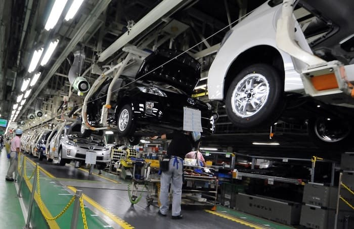 Sau khi tốt nghiệp các kỹ sư cơ khí ô tô có thể làm việc tại các phân xưởng sản xuất và chế tạo ô tô