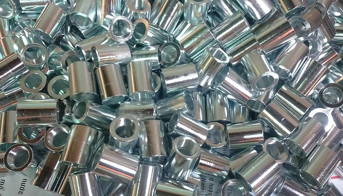 Mạ kẽm là một trong những cách chống rỉ cho bề mặt kim loại rất hiệu quả