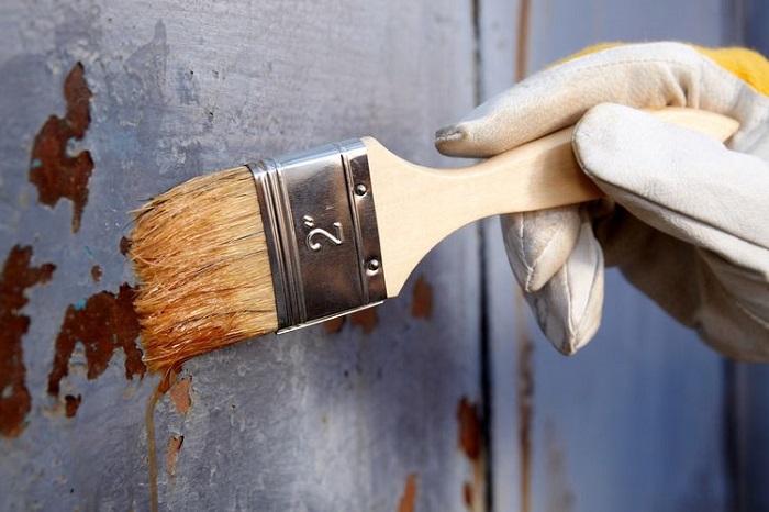 Sơn phủ chống rỉ sét là cách chống rỉ cho kim loại được nhiều người áp dụng