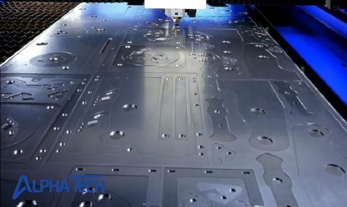 Khí cắt có vai trò quan trọng trong gia công laser CNC
