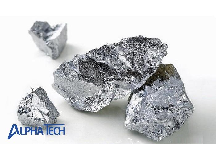 Crom là kim loại đặc biệt Crom là kim loại đặc biệt có khả năng chống ăn mòn đáng kinh ngạc