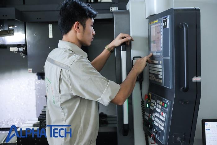 Quá trình thiết lập máy được thực hiện bởi các chuyên viên có kinh nghiệm