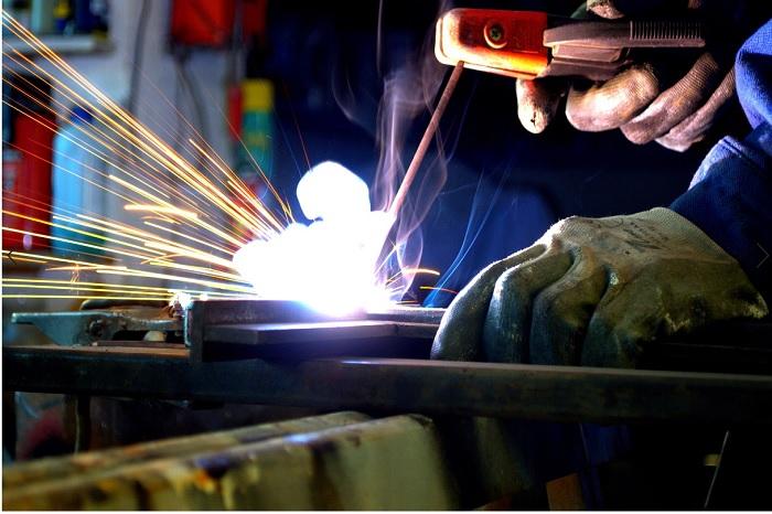 Ứng dụng của hồ quang điện trong công nghệ hàn được coi là ứng dụng nổi bật nhất
